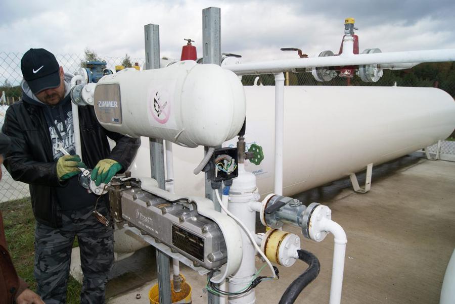 Montaż-urządzeń-grzewczych-gazowych